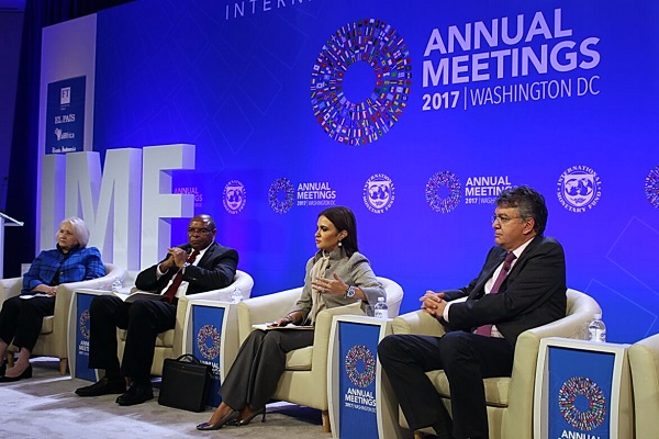 صورة بالصور ..سحر نصر تعرض قصة نجاح مصر فى تحسين مناخ الاستثمار خلال جلسة بصندوق النقد
