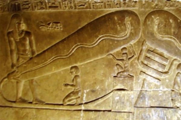 صورة شاهد .. كشف أثرى أقدم من الأهرامات فى صحراء البحر الأحمر