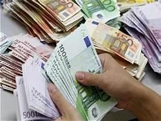 صورة الدولار يواصل التراجع ..يسجل 16.72 للشراء ..اسعار العملات الاجنبية اليوم