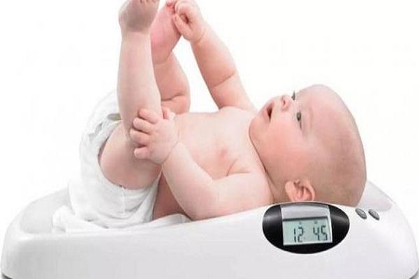 صورة الرضع الممتلئون أكثر عرضة للإصابة بالبدانة .. لماذا ؟