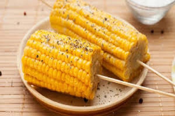 صورة كوز الذرة المسلوق .. 11فائدة اهمها علاج لفقر الدم والسرطان والسكر