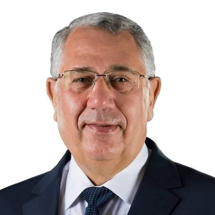 صورة وزير الزراعة يتلقى تقريراً بإنجازات الحجر الزراعي المصري خلال عام 2019