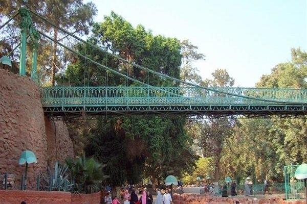 صورة كوبرى برج ايفل بحديقة الحيوان .. هل زرته من قبل ؟ ..موجود فى افلام شادية وعبد الحليم
