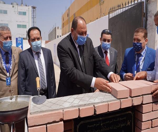 صورة نائب وزير الزراعة يضع حجر أساس إنشاء مصنع لانتاج أحدث اللقاحات البيطرية.. صور