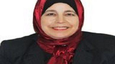 صورة الدكتورة منى مشعل تكتب : تلقيح النخيل .. نصائح وارشادات سريعة